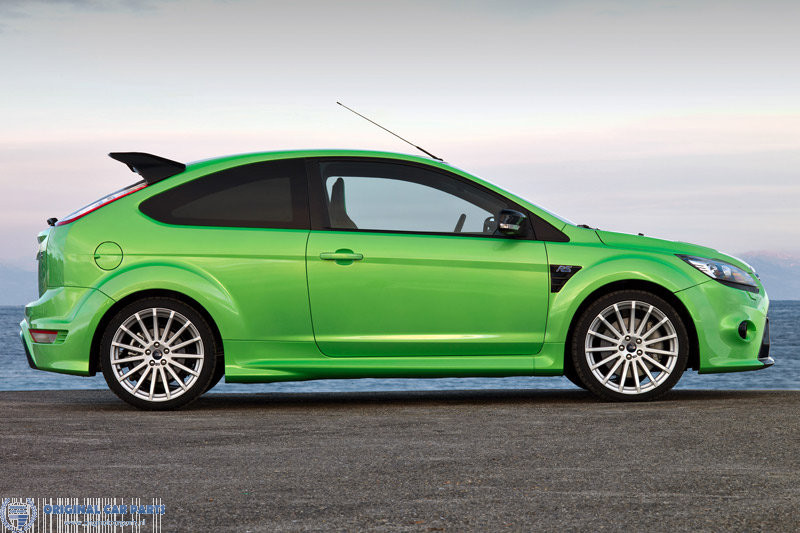 Ford-Focus-RS-04-2009-07-2010-side-skirts-1570018