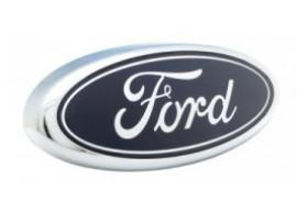 Ford logo voor in de grille