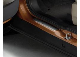 Ford-B-MAX-2012-2018-instaplijsten-voor-met-B-MAX-logo-1791122