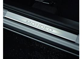 ford-mondeo-03-2007-08-2014-instaplijsten-voor-met-mondeo-logo-1488612