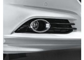 Ford-Mondeo-09-2014-mistlamp-links-zwart-1891352