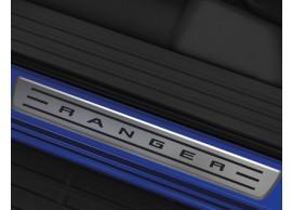 Ford-Ranger-11-2011-instaplijsten-voor-roestvrij-staal-linkerzijde-voor-RAP-cabine-1733967