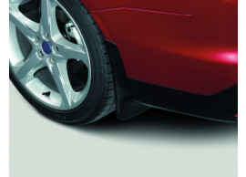 Ford-Focus-2011-2018-sedan-spatlappen-achter-gecontourd-1798977