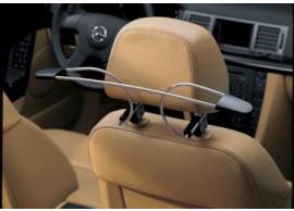 Opel kledinghanger voor aan de voorstoel