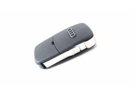 AUD104 Audi klapsleutelbehuizing met 2 knoppen met twee batterijen