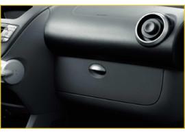 CIT9425A4 Citroën C1 / Peugeot 107 / Toyota Aygo dashboardkastje klep tot 2012