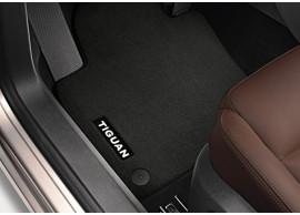 Volkswagen-Tiguan-Velours-mattenset-zwart-voor-5N1061275P-WGK
